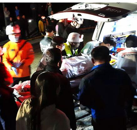 정선 철광산서 발파작업 중 6명 매몰…3명 사망·3명 부상