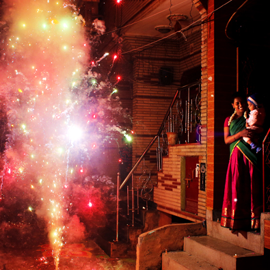 빛으로 물든 거리…힌두축제 '디왈리'
