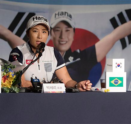 박세리 '골프의 전설에서 이젠 감독으로'