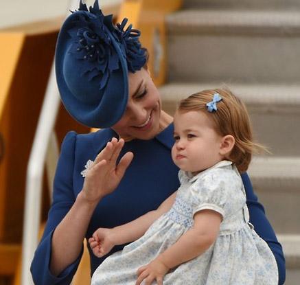 윌리엄 英왕세손 가족, 캐나다 방문…샬럿공주 첫 해외나들이