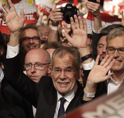 '유럽의 오바마' 벨렌, 오스트리아 대선 승리…극우 패배