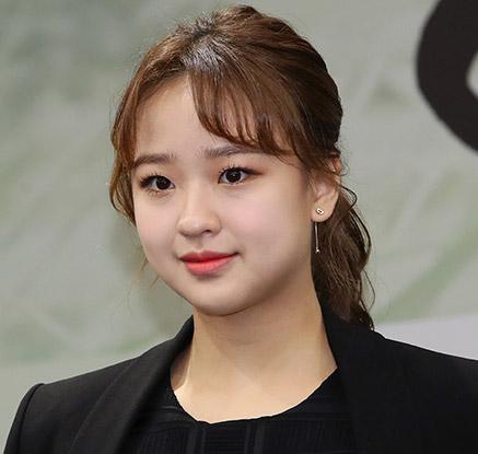 손연재, 은퇴 후 연예계 진출?…다큐멘터리 MC로 변신