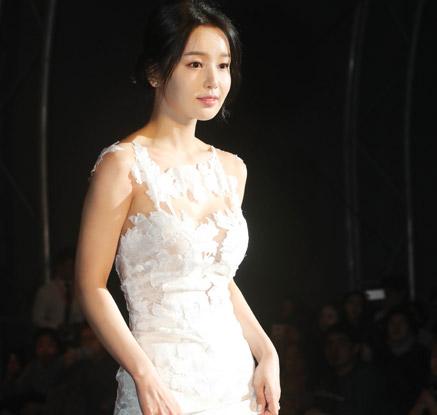 전주국제영화제 '팡파르'…배우들의 '시네마 나들이'