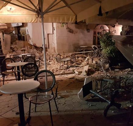 그리스·터키 근해서 규모 6.7 강진…2명 사망·30여명 부상