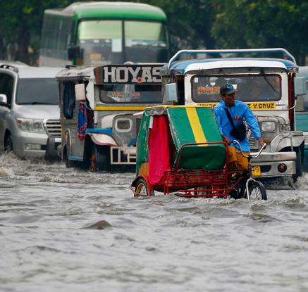 필리핀, 태풍 '네삿' 영향으로 폭우 피해 속출