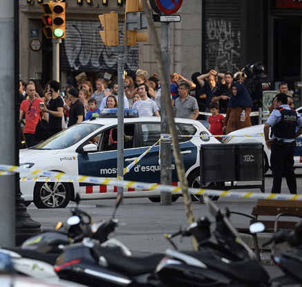 스페인 바르셀로나 차량돌진 테러…13명 사망ㆍ100여명 부상
