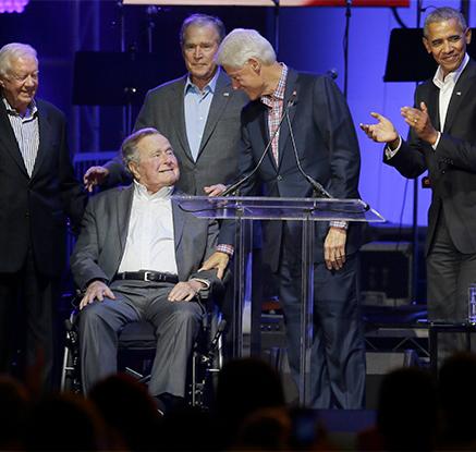 '허리케인 이재민 돕기 위해'…美 전직 대통령들·레이디가가 자선 콘서트 등장