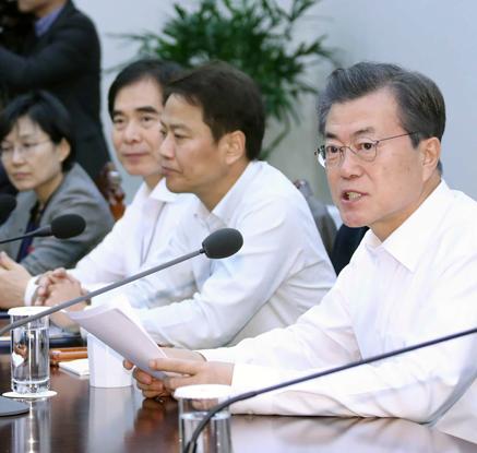 """文대통령, 포항 특별재난지역 지정재가…""""피해복구·수능 최우선"""""""