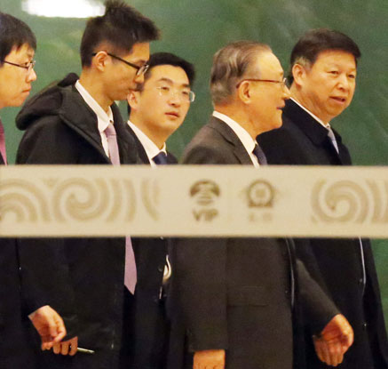 시진핑 특사, 방북후 귀국…北통신, 김정은 면담여부 언급 없어