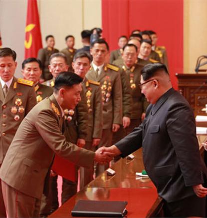 북한 군수공업대회 첫 공개…핵무력 과시