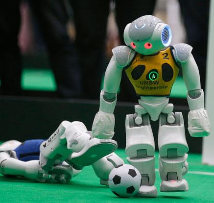 '축구하는 로봇 선수들'…태국서 열린 아시아-태평양 로보컵