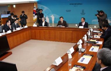 「平昌五輪、話題が北に集中」 民間から指摘=韓国