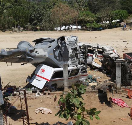 멕시코 지진현장 시찰 내무장관 탑승 헬기 추락…13명 사망
