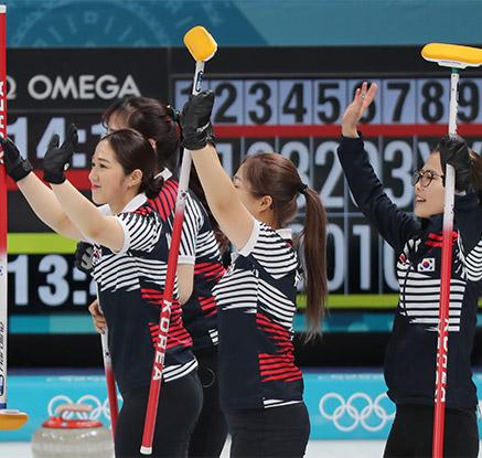 '끝까지 완벽' 여자컬링, 덴마크 제압…8승 1패로 1위