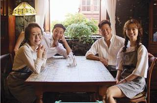 '갈릭 걸스' 인기에 '윤식당2' 시청률 반토막