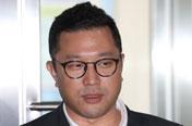 '다스 의혹' MB 아들 이시형 비공개 소환…검찰, MB 턱밑까지