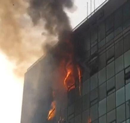 경기 고양 복합상가 7층서 불…1명 사망ㆍ2명 부상