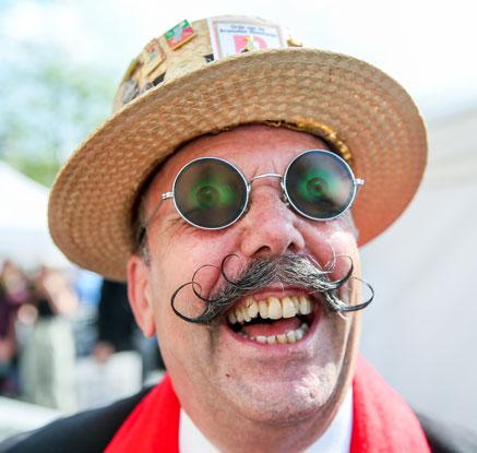 '최고의 멋쟁이 수염은?'…벨기에 콧수염 선발대회