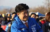 민주당 구청장 예비후보 만취해 길거리서 여직원 폭행