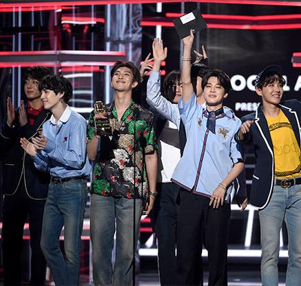 방탄소년단, 2년 연속 빌보드 '톱 소셜 아티스트' 수상