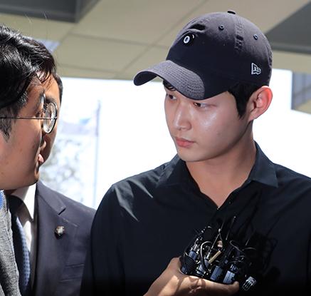 '동료 연예인 성추행' 혐의, 이서원 검찰 소환