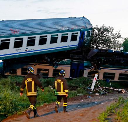 伊 토리노 부근서 열차 충돌 사고…최소 2명 사망·20명 부상