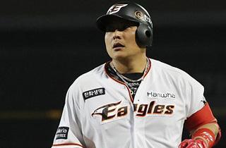 한화 김태균, 역대 10번째 300홈런
