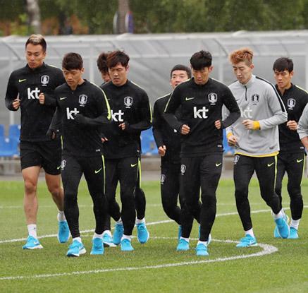 멕시코전 대비 훈련하는 축구대표팀