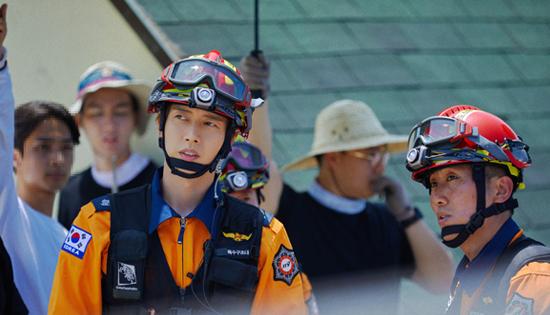 朴海镇拍摄消防安全宣传片