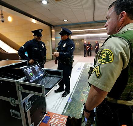 LA지하철에 승객용 전신 스캐너 도입…美대중교통 최초