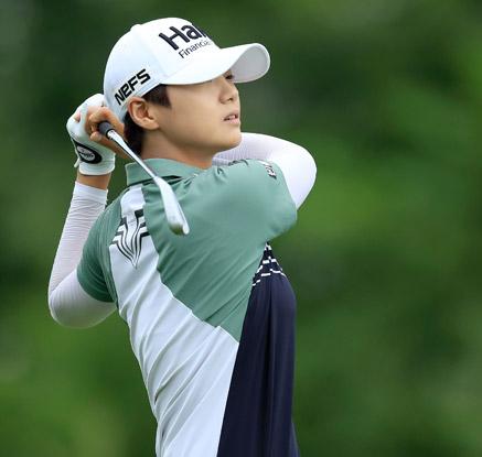 '신들린 버디쇼' 박성현, 인디위민인테크 챔피언십 2R 공동선두