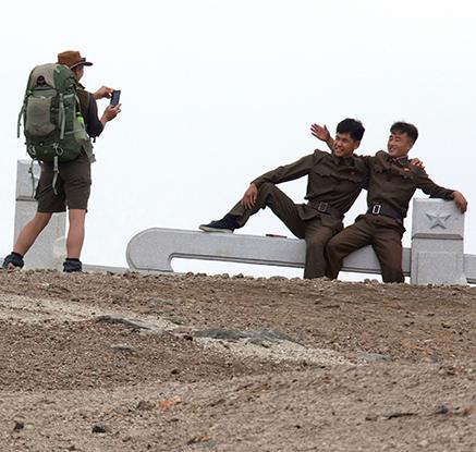 북한, 외국인에 백두산 하이킹·야영 첫 허용