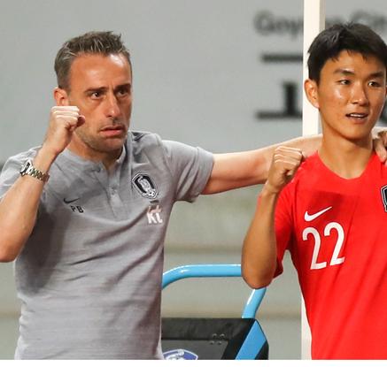 ′벤투 데뷔전′ 코스타리카에 2-0승리 …입장권도 매진