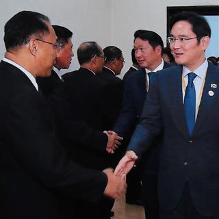 """이재용 """"한민족 느껴""""…리룡남 """"통일 유명인 되길"""""""