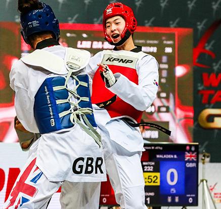 이다빈, 세계 1·2위 꺾고 월드태권도그랑프리 첫 우승