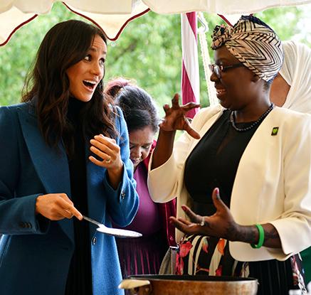 英 마클 왕자비, 그렌펠 참사 돕기 위한 ′요리책 발간 행사′ 개최