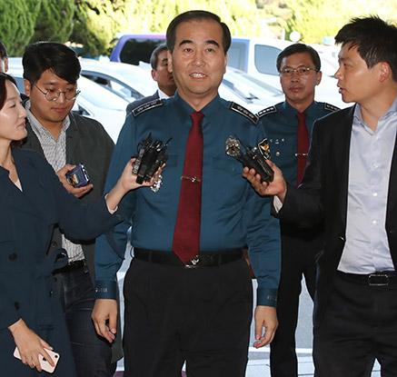 PC방 살인사건 관련 강서경찰서 찾은 이주민 서울청장