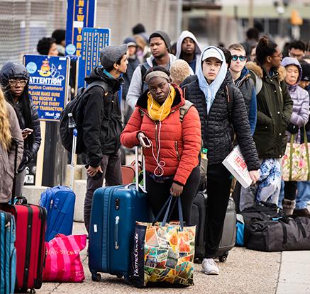 미 주요 도시서 4번째 '여성행진'…워싱턴·뉴욕서 수천명 참가