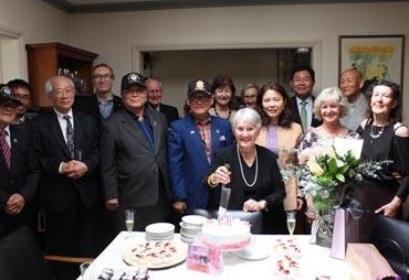 6·25 호주 전쟁영웅 부인 생일 꼬박꼬박 챙기는 한인들