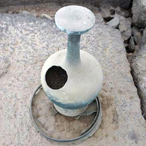 강진 월남사지 삼층석탑에서 출토된 청동병