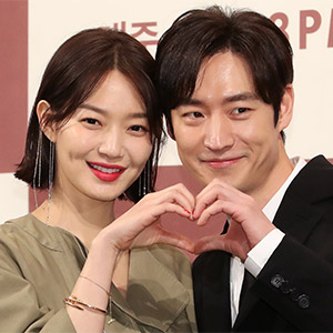'동갑내기 커플' 신민아-이제훈