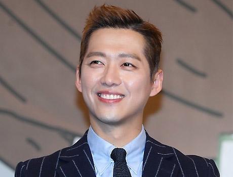 """""""'김과장'에 전념""""…남궁민, '노래싸움 승부' MC 하차"""
