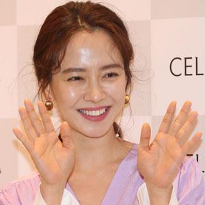 송지효 '예쁜 미소 활짝'
