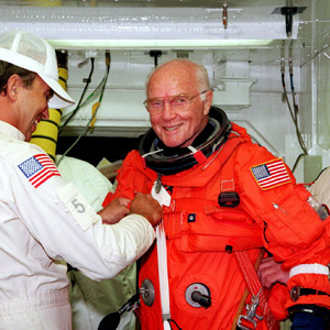 美최초 우주인 존 글렌 전 상원의원 별세