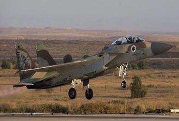 """""""이스라엘군, 시리아 다마스쿠스 외곽 최소 2차례 공습"""""""