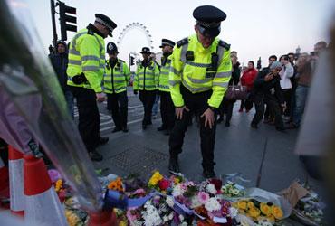 런던경찰, 테러 관련 2명 추가 체포…사망자 4명으로 늘어