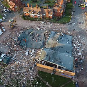 영국 중서부 가스폭발 현장