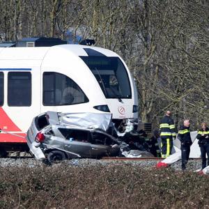 네덜란드서 열차-승용차 충돌…2명 사망
