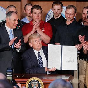 트럼프 '오바마 친환경 규제' 철폐