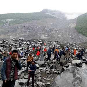 中 쓰촨성 산사태…140명 이상 매몰